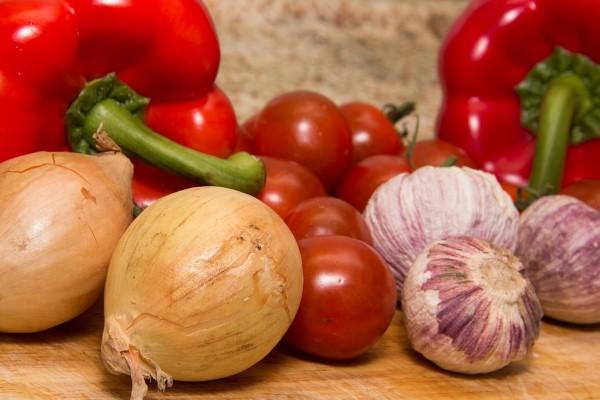 Lök, paprikor, tomater - härliga råvaror!