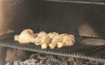 Grillad kyckling eller vegofilé med rostad potatis och tsatsiki